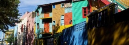 El caminito in La Boca, a walk into the rainbow…