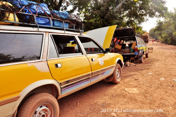The shared taxi used to cross the forest of Guinea