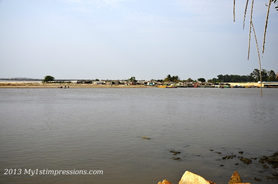 The fishing village of Dande, on the other side of the river