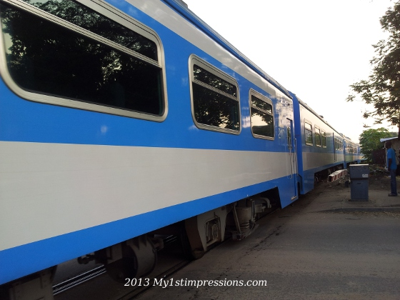 The train, in Brazzaville, literally cross the town