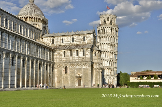 The tower, next to the Dom, in Pisa