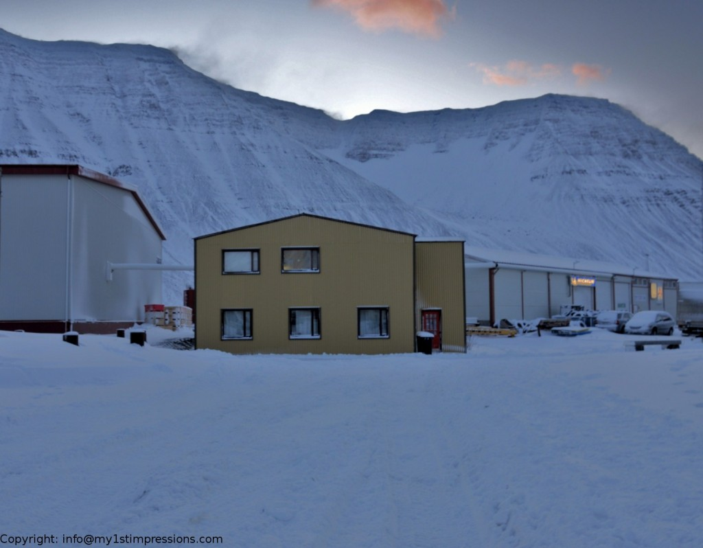 The yellow house where I couchsurfedin Isafjordur