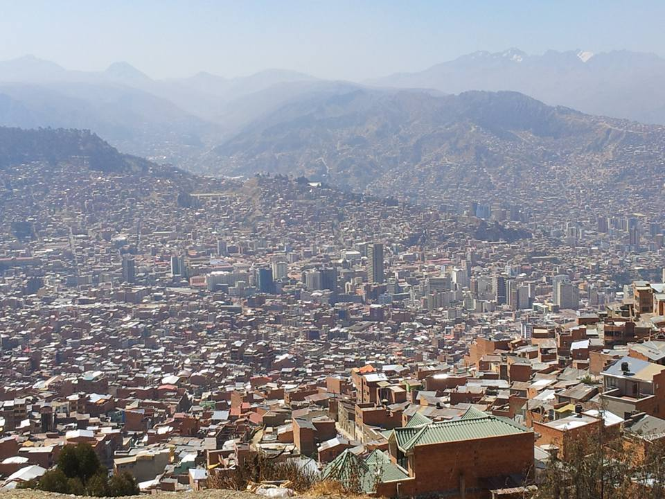 Entering a city was never more impressive. La Paz is HUGE.