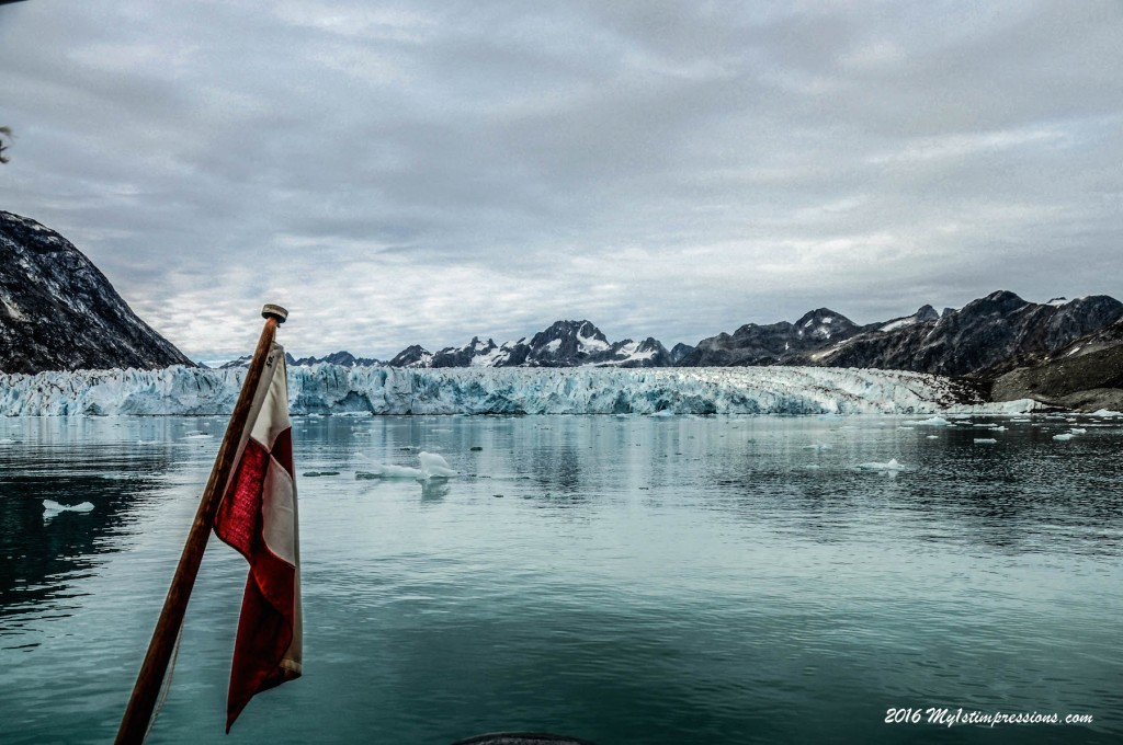 greenland flag, greenland, east greenland, glacier