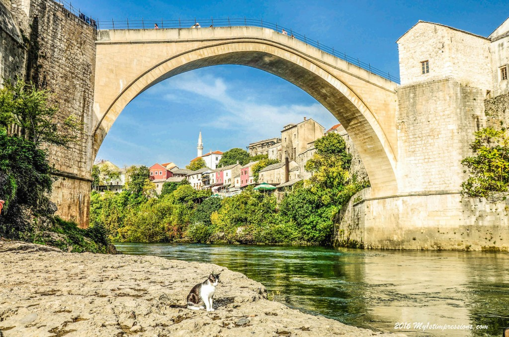 Mostar bridge, Bosnia, Jugoslavia war