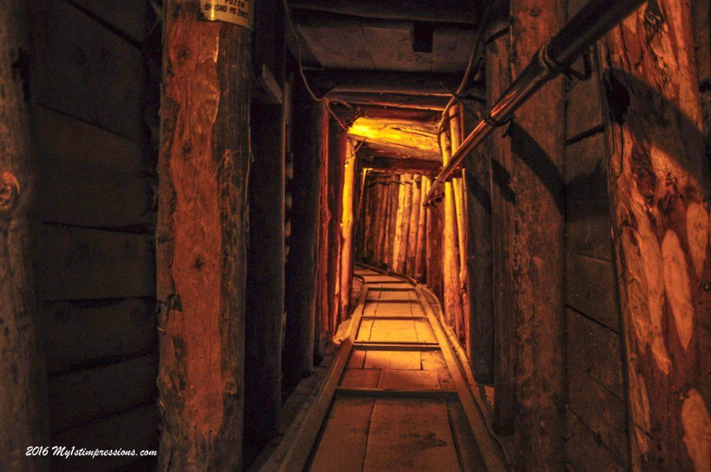 tunnel of sarajevo, bosnia, war