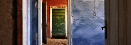 Unbelievable places: Kolmanskop, a ghost town of the desert
